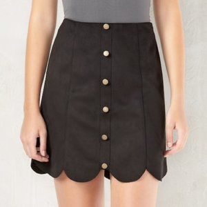 LC Lauren Conrad Scalloped Faux-Suede Skirt nwt 4